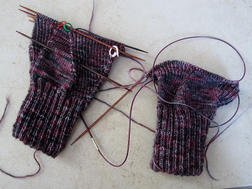 KAL gloves in progress