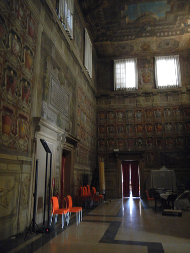 DSCN4760 _ Palazzo D'Accursio (Palazzo Comunale), Bologna, 18 October