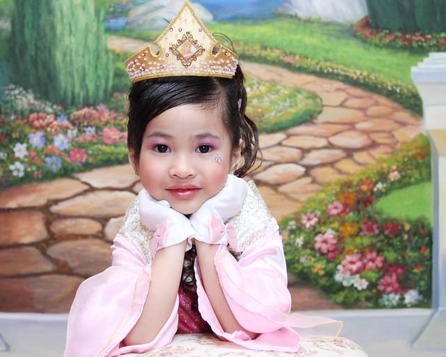 HKDL,63766,12-12-2012