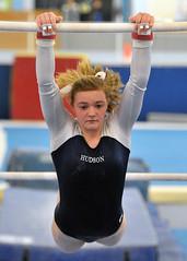 floor gymnastics(0.0), modern pentathlon(0.0), swimmer(0.0), rings(0.0), individual sports(1.0), sports(1.0), gymnastics(1.0), gymnast(1.0), artistic gymnastics(1.0), uneven bars(1.0), athlete(1.0),