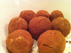 chocolate truffle, arancini, laddu, food, dish, cuisine, snack food,