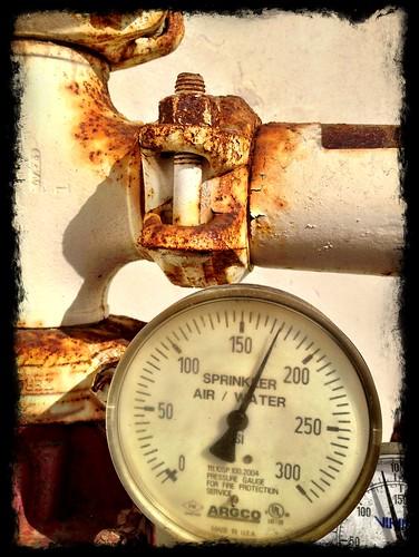 Under pressure by Damian Gadal