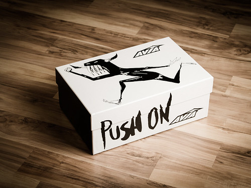 Push On // Shoe Packaging