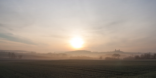 castle fog sunrise germany landscape deutschland hessen 12 landschaft sonnenaufgang münzenberg wetteraukreis bej tamron1750 flickraward burgmünzenberg mygearandme