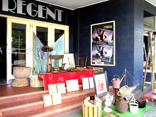 Antique shop 1
