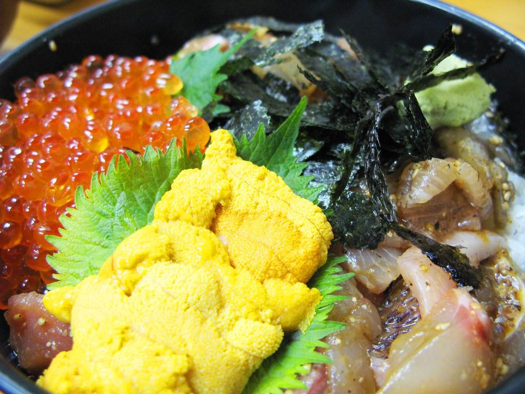 柳橋食堂 特上デラックス海鮮丼