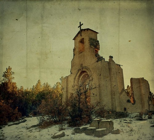 winter snow abandoned church canon square ruins colorado cross brush co ghosttown textured morley staloysiuschurch minetown t1i applesandsisters santefetrai