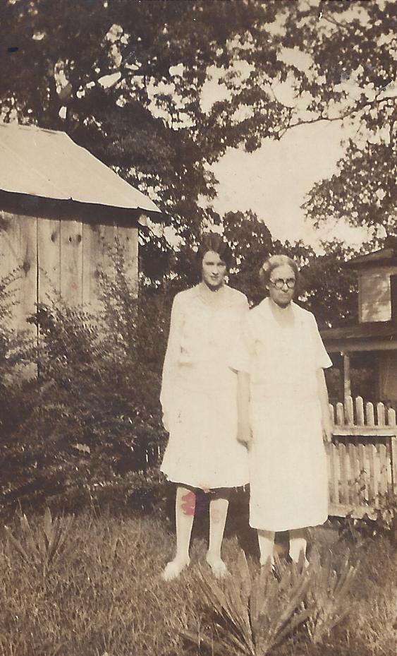 Minnie Virginia Richards and Minnie DeMumbrie