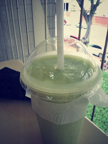 Avocado Juice, Amoy Street Food Centre