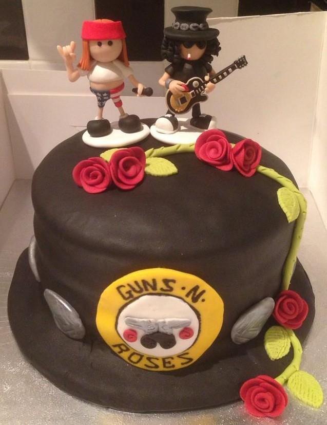 Guns And Roses Cake