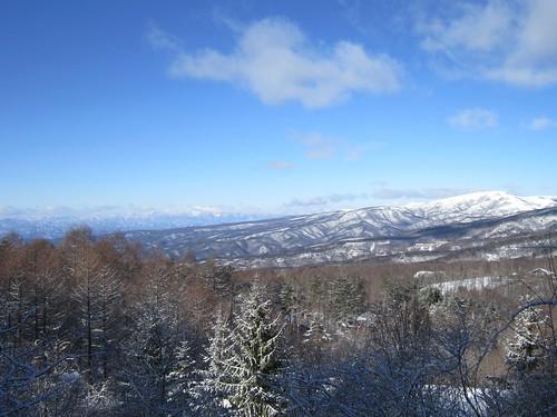 車山(右)と北アルプス(左奥) 2013年1月27日9:54 by Poran111