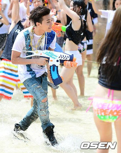 GDragon_WaterWorld_CF-Event_20140704 (15)