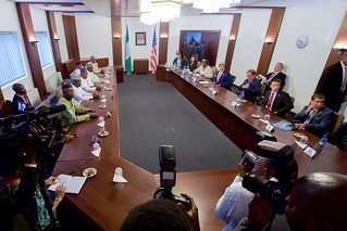 Secretary Kerry Sits Across From Governors of Nigeria's Northern Region at the Presidential Villa in Abuja