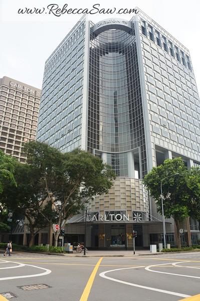 tuxedo - carlton hotel Singapore (1)