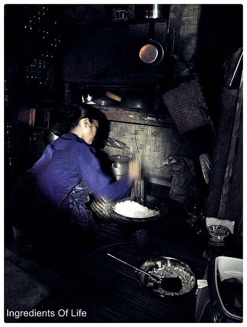 menanak nasi baduy 1