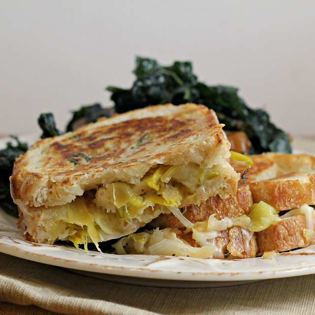 Apple, Leek and Gruyere Grilled Cheese | Joanne Eats Well With Others