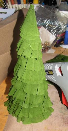 crepe paper tree 011