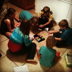Game night with @dazeofadventure #homeschool friends #playinvitation