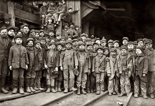 Hine, Lewis (1874-1940) - 1910 Breaker Boys Working in Ewen Breaker, Pennsylvania Coal Co.
