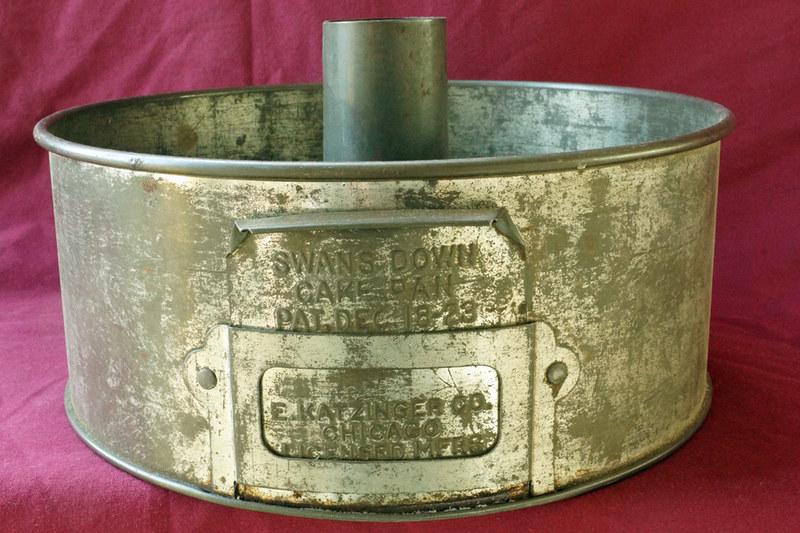 Sold Vintage 1923 Swans Down Cake Flour Tin Angel Food