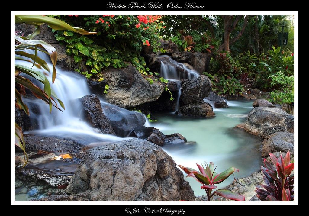 IMAGE: http://farm9.staticflickr.com/8354/8300152583_0cb9005736_b.jpg