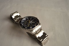 hand(0.0), mineral(0.0), strap(0.0), jewellery(0.0), watch(1.0), metal(1.0),