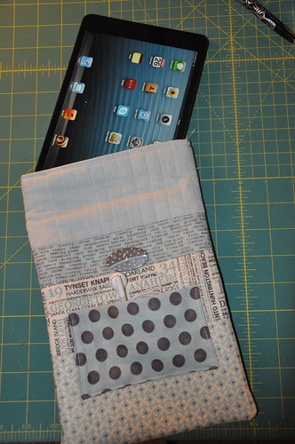 Padded iPad mini bag