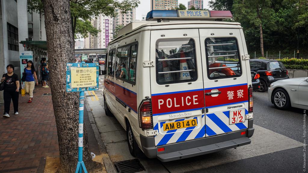 Полицейская машина в Гонконге