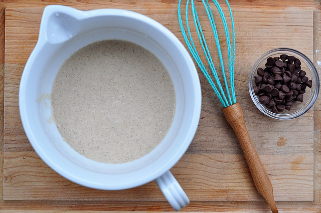 oatmeal chocolate chip pancakes3