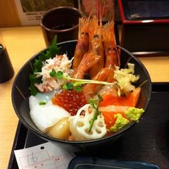 Cheap sashimi in ginza