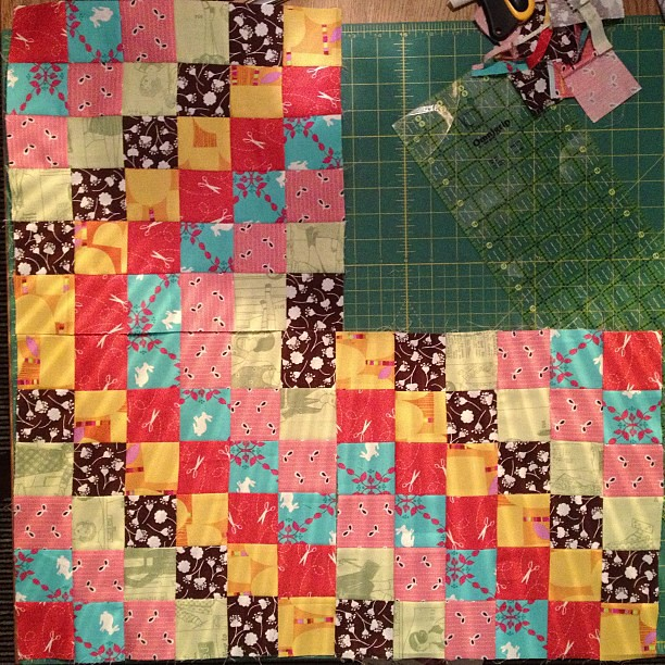 First 3 blocks. Done. Guess that's it - I'm making one of these for sure now @lucyandnorman @thatswhatlindseymade @laurajane7789 @justabitfrayed anyone else? @rachelgriffith c'mon. Dooooo it!