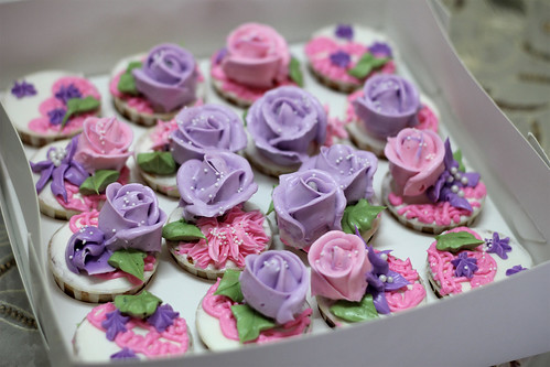 syafa-cupcakes-Rose-2