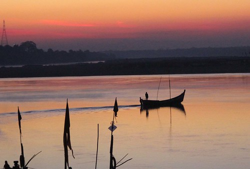 india sunrise dawn gujarat narmadariver chanod johannesmanjrekar