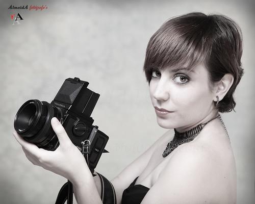 Vero---Bronica-645 by AlmeidA Fotógrafo's
