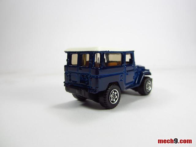 Matchbox 1968 Toyota Land Cruiser (FJ40)