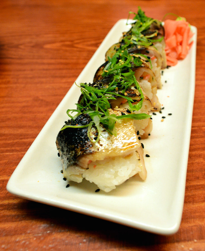 Seared Mackerel Sushi