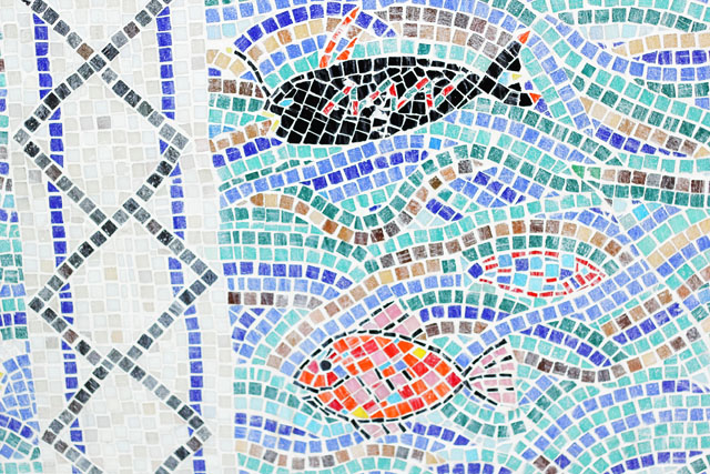 wall mosaic Columia Road School