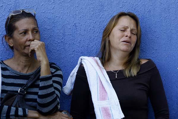 Familiares de los muertos y heridos de la cárcel de Uribana.