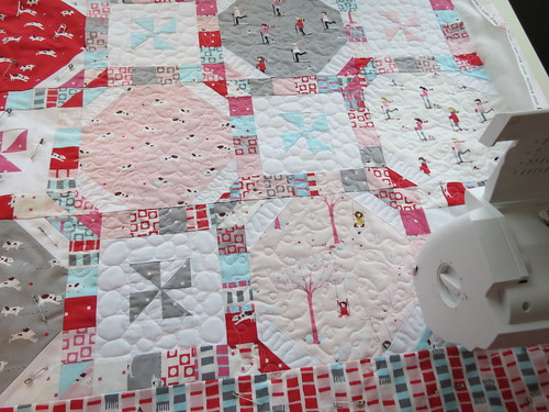 Peppermint Snowballs quilting