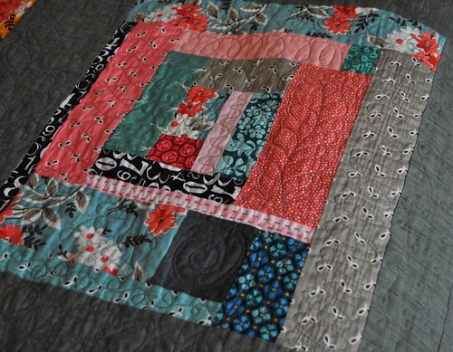 king quilt detail 2