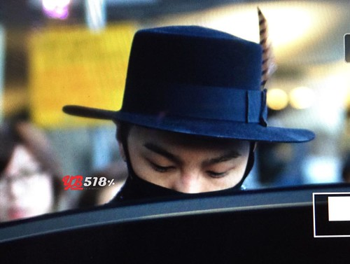 Big Bang - Incheon Airport - 22mar2015 - Tae Yang - YB 518 - 05