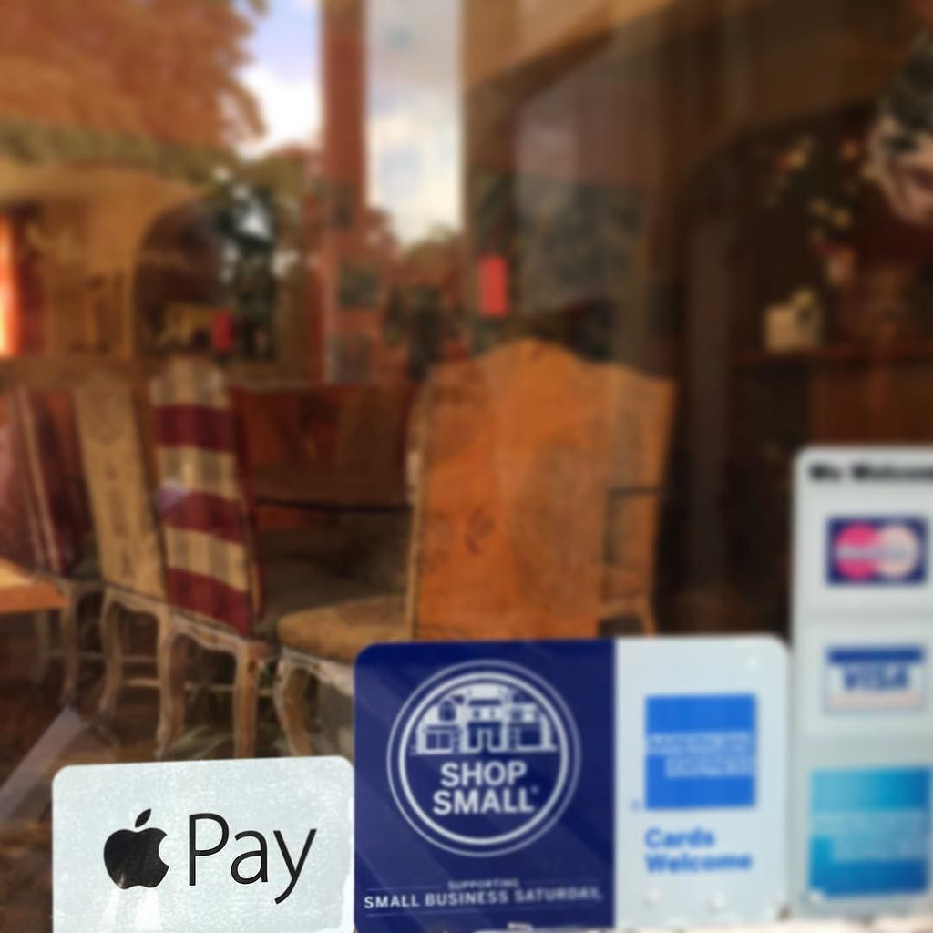 #ApplePay 🍏🍎 Joins our line up in Meejana. All major cards and #contactless accepted making life easier to pay for your #favourite #Lebanese #restaurant #weybridge #earlscourt #london #southkensington #chelsea