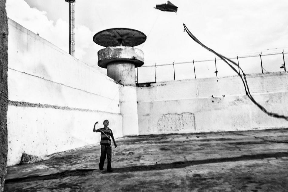 邊緣文化/委內瑞拉最危險監獄—牆內的混沌與罪惡25