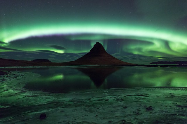 8277646892 03f2fbde09 z Aurora Borealis: Weird Phenomenon, Awesome Photos.