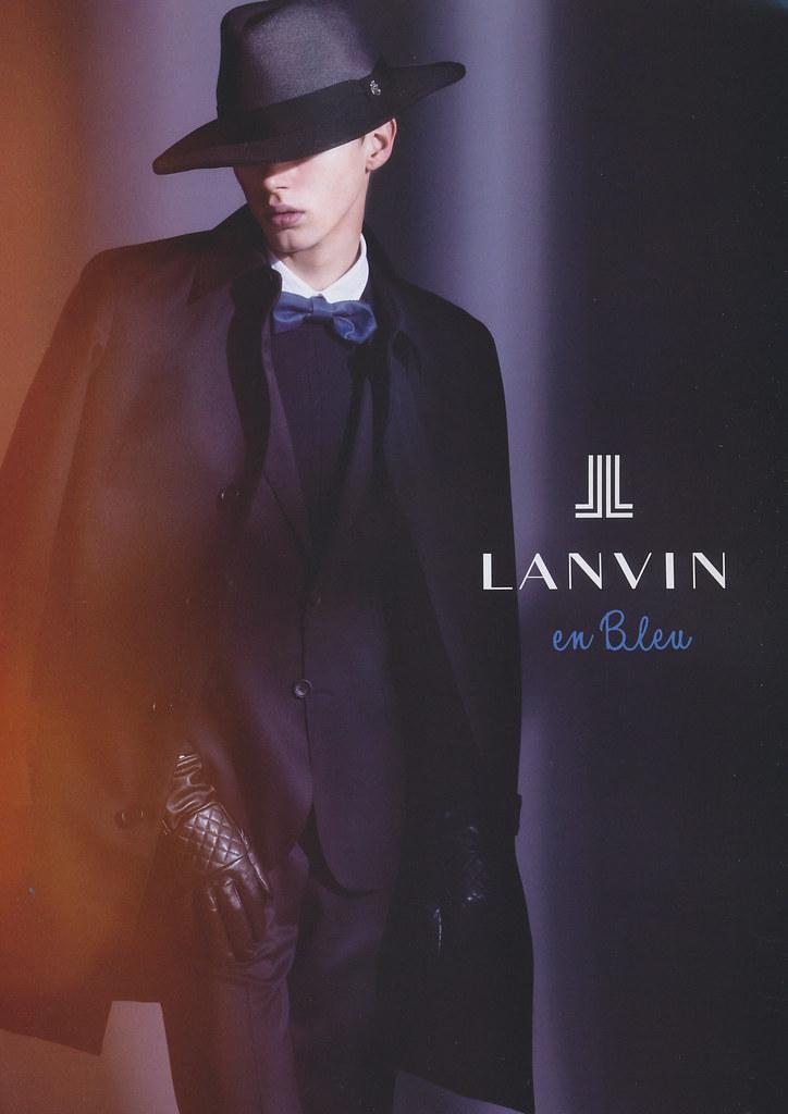 Dennis D. 0046_LANVIN en Bleu AW12(UOMO92_2012_11)