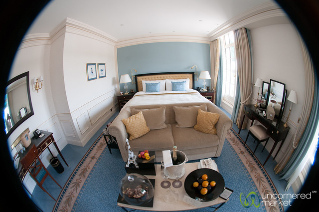 Shangri-La Paris Hotel Room, Fisheye View