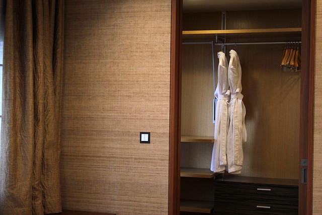 Classic 500 - Walk-in Wardrobe