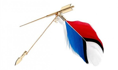 recreate-new-york-auction-louis-vuitton-golden-arrow-pin-from-kim-jones-to-hurricane-sandy-relief-2-570x341