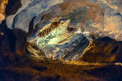 usa virginia us unitedstates va valley opening cave shenandoah caverns luray stalactites stalagmites mygearandme ilobsterit