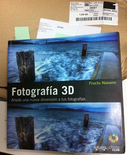 Fotografia 3D by Fructu Navarro スペイン語初の3D BOOK 約400ページの豪華本